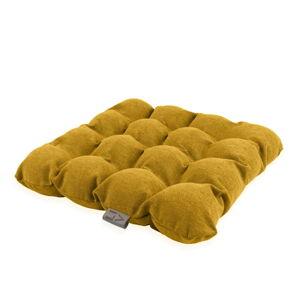 Tmavě žlutý sedací polštářek s masážními míčky Linda Vrňáková Bubbles, 45x45cm