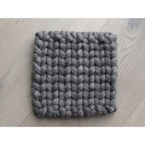 Ořechově hnědý pletený podtácek z vlny Wooldot Braider Coaster, 20 x 20 cm