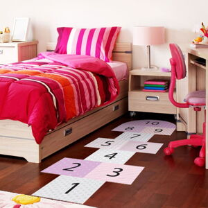 Adhezivní vinylový dětský koberec Ambiance Hopscotch Girly